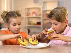 Грешки в храненето, които родителите допускат