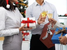 Какво да подарите на шефа за Коледа?