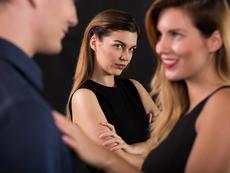 Защо ревнувате бившия, след като сте създали нова връзка?