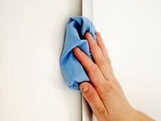 Почистване на стените в дома