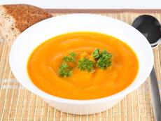 Чеснова крем супа от червена леща