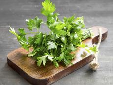 Фантастични ползи за здравето от магданоза