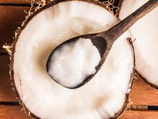 5 различни маски за коса с кокосово масло