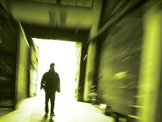 Криминален роман от преподавател в шведската Полицейска академия
