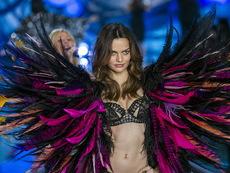 Модното шоу на Victoria's Secret (галерия)