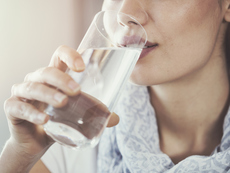 Какво се случва в тялото, когато заместим всички напитки с вода