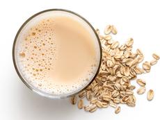 Пийте овесено мляко за здраво сърце и добро зрение