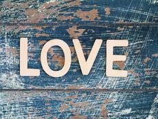Вдъхновение на седмицата: Любовта е...? (видео)