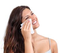 5 причини да не използвате мокри кърпички за грим