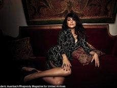 Салма Хайек разбива стереотипа за 50-годишна жена