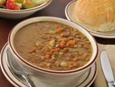 Супа с леща и шунка за мултикукър