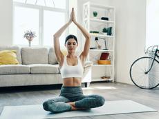 Да се раздвижим с йога у дома (Видео)