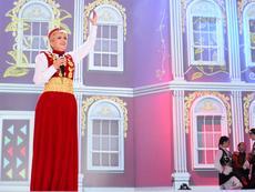 """""""Арена Армеец"""" се оказа тясна за хорото на Николина Чакърдъкова!"""