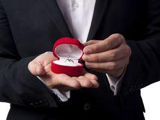 Изобщо не сте длъжни да се омъжвате!