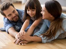 6 малки стъпки, които помагат да научим детето на доброта