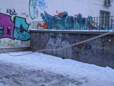 Кабели-бесилки по софийските улици