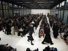 Valentino представи колекцията си на Седмицата на модата в Париж