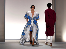 Цветя и деним в колекцията на Givenchy за пролет/лято 2020