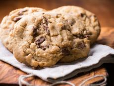 Бисквити с черен шоколад