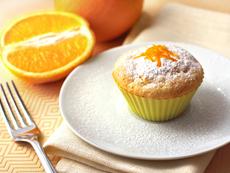 Мъфини с портокалови корички и пудра захар