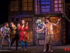 """Бродуейският мюзикъл """"Авеню Q"""" вече и на родна сцена"""