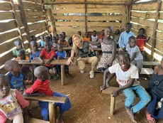 Инна Боянова – момичето, за което Уганда изпя Я кажи ми, облаче ле бяло