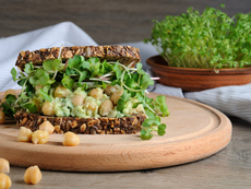 Вегетариански пълнеж за сандвич с нахут