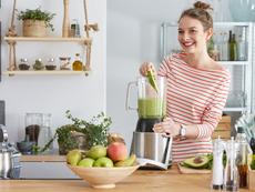 6 рецепти, които може да приготвите в блендер или кухненски робот