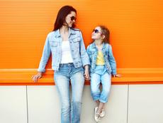Как да научим малките си дъщери да обичат телата си?