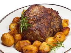 Агнешко с гъби и картофи