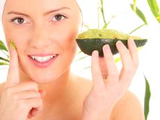 Авокадо за подхранена кожа без пигментни петна