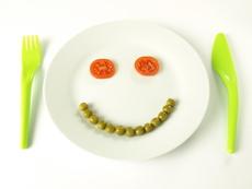 Връзката между зеленчуците и усмивката се осъществява в детската чиния