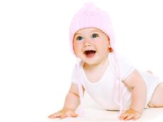Какво трябва да знаем за бебешкото пълзене?