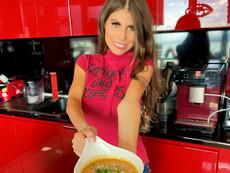 Любимата рецепта на Яна Данаилова за крем супа от тиква