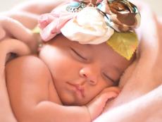 Как да облекчите бебешките колики?