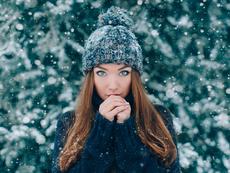6 неща, които не трябва да правите с косата през зимата