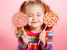Трябва ли да се ограничи приемът на захар при децата и колко?