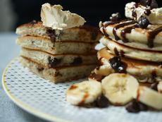 Палачинки с банан и шоколадови парченца
