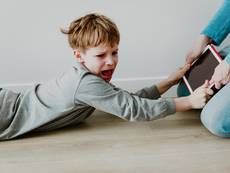 Какво е емоционална дисрегулация при децата