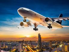 Знаете ли, че... не трябва да спите в самолет при излитане и кацане?