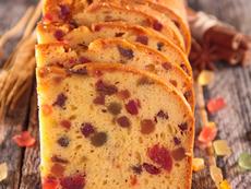 Кекс със сушени плодове в хлебопекарна машина