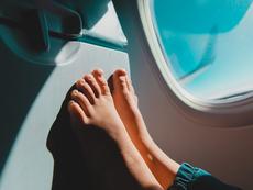 5 типа невъзпитано поведение в самолет, което дразни околните