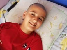 Да помогнем на 12-годишния Калоян да пребори рака