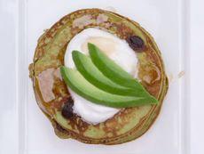 Палачинки с авокадо и банан