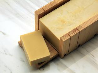 Кастилски сапун – богат на масла