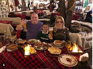 Венета Райкова и Тишо празнуват заедно рождения ден на сина им