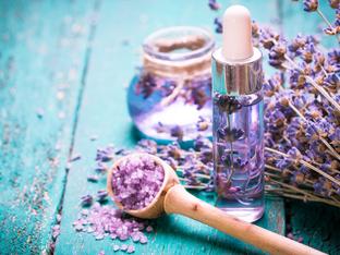 Топ 3 етерични масла за страхотна кожа