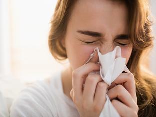 Защо силното издухване на носа е опасно?