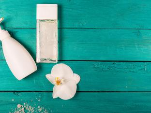 5 алтернативни употреби на мицеларната вода