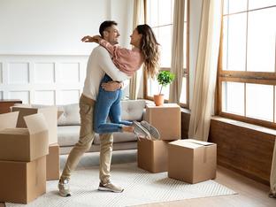 7 признака, че е време да се преместите заедно